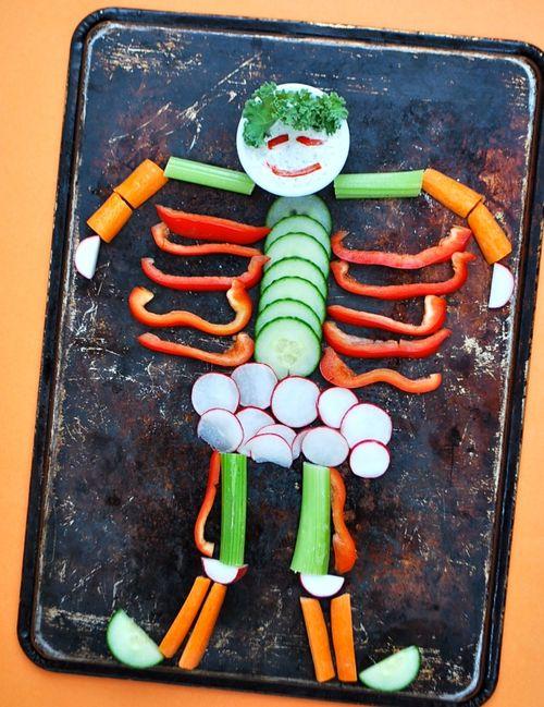 Halloween - Veggie Skeleton