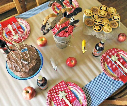 Cowboy Party - Table Decor 2