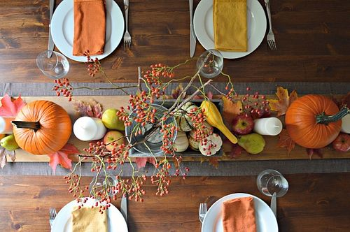 Thanksgiving Table 1