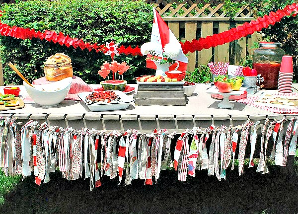 Canada Day Party - Decor